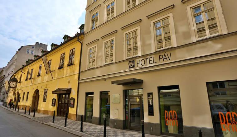 Airtours Prag